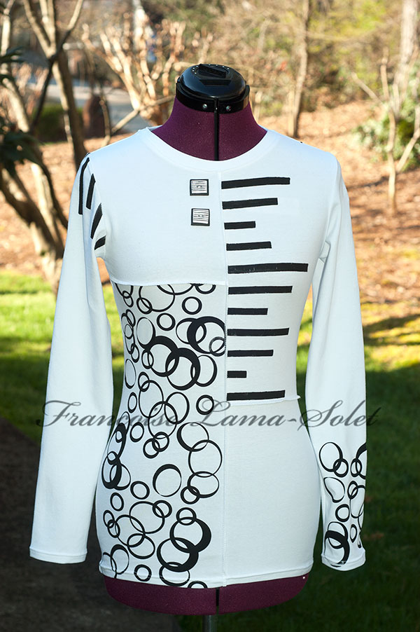 Black and White Colorblock Art To Wear Hand Printed Women's Long Sleeve T-Shirt Bubbles