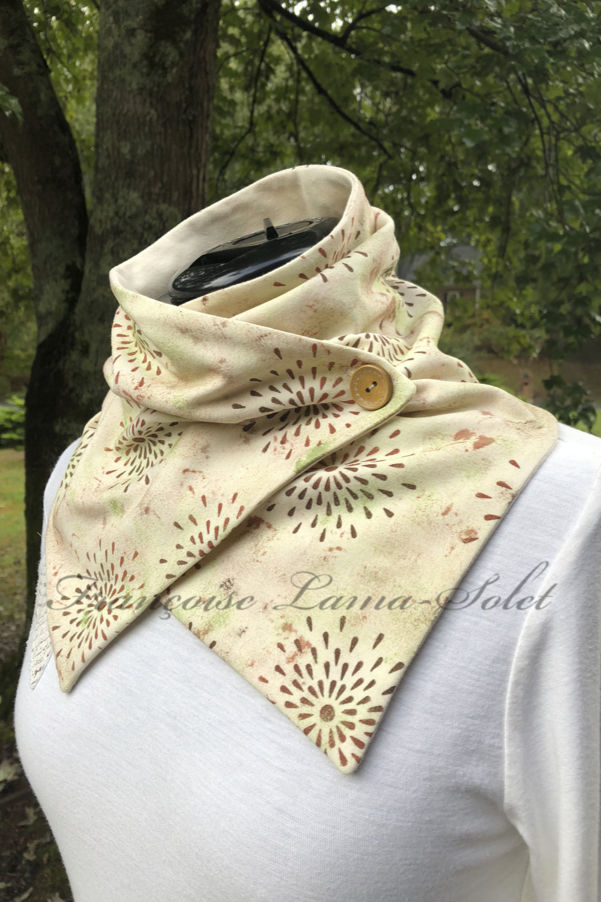 Artistic neck scarf for women handmade with ivory cotton lycra jersey and hand printed with stars in rustic colors – Rustic Stars